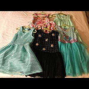 Lot of girls dresses size 4T